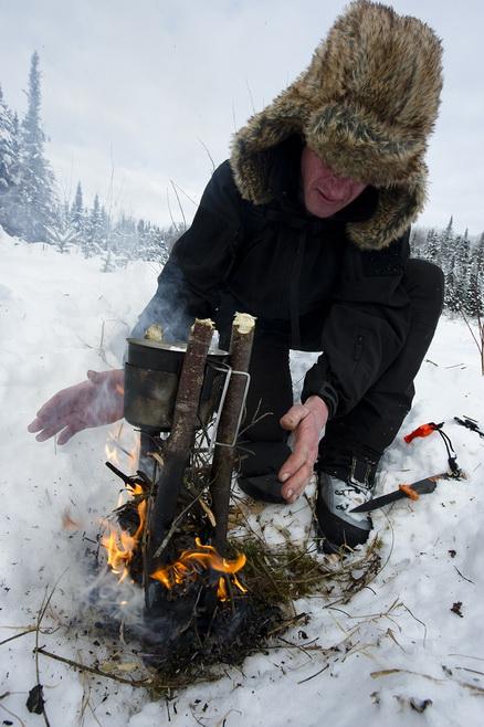 techniques pour allumer un feu en toute circonstance